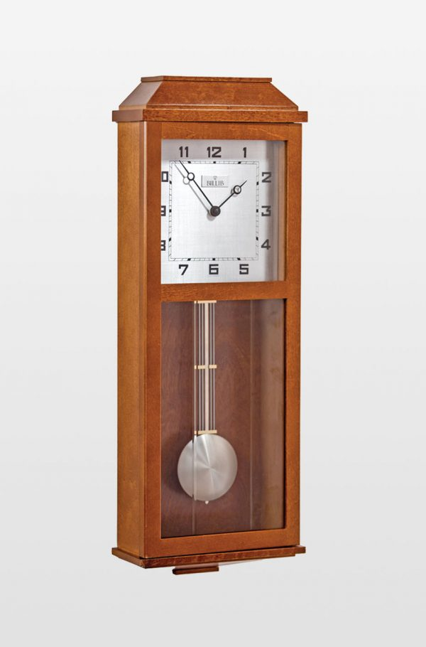 Newport Traditional Design Oak Finish Quartz Wall Clock